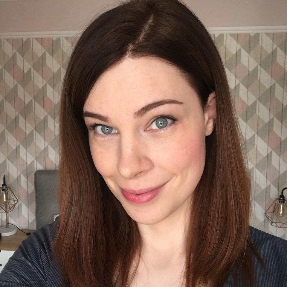 Charlotte, cirugía de feminización facial