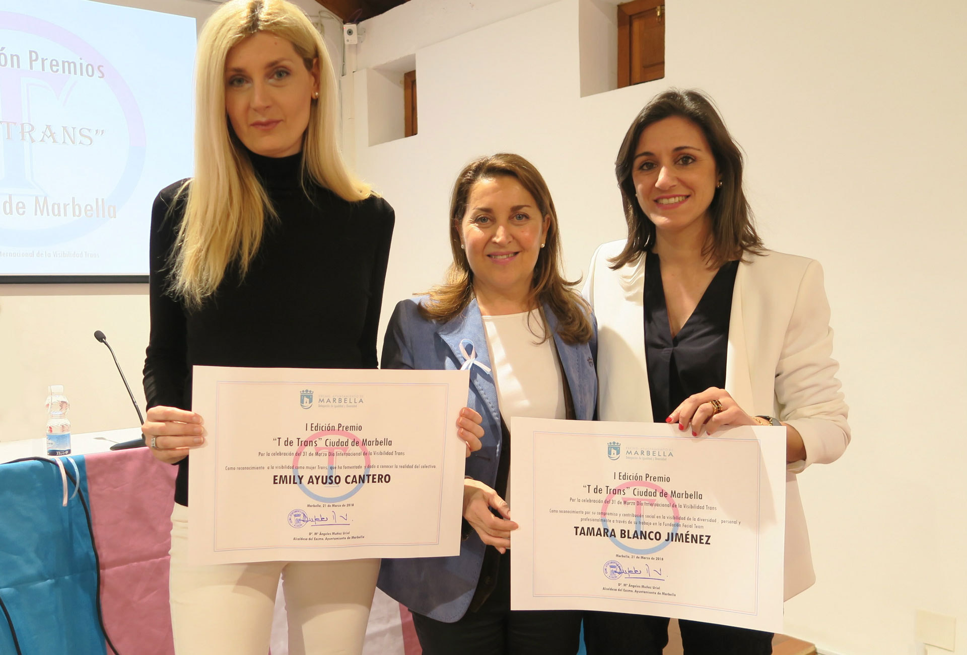"Transgender Day of Visibility: FACIALTEAM FOUNDATION receives ""T for Trans"" Award in Marbella"
